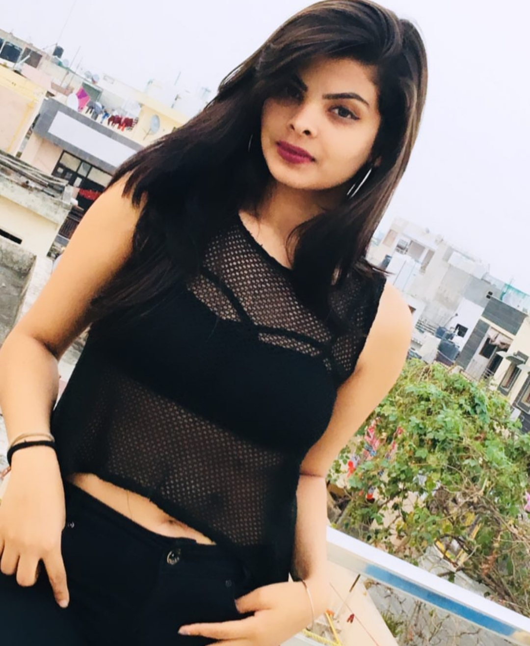 Kolkata college girl escort radha